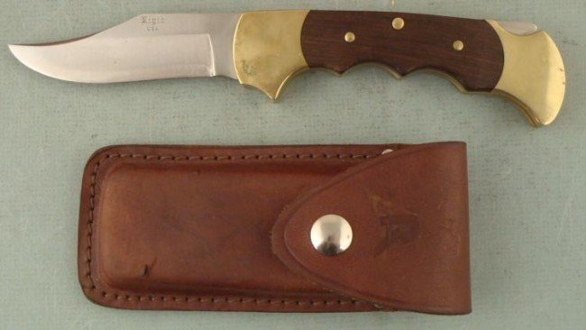 VINTAGE  RIGID  MASSIVE KNIFE AND LEATHER CASE -USA