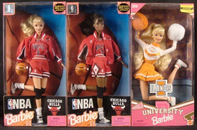 2 NBA Chicago Bulls & 1 U of I University Barbie MIB