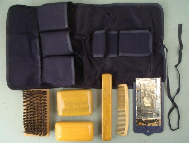 WWII NAVY MILITARY OFFICERS GROOMING KIT W/ALL AIDS
