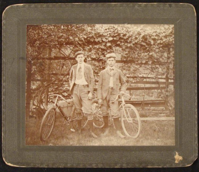 2 Delivery Boys Bicycles Bikes Orig Cabinet Card Photo