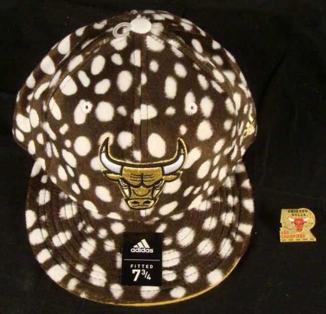 Addidas Fitted Hat 5x Championship Pin Chicago Bulls