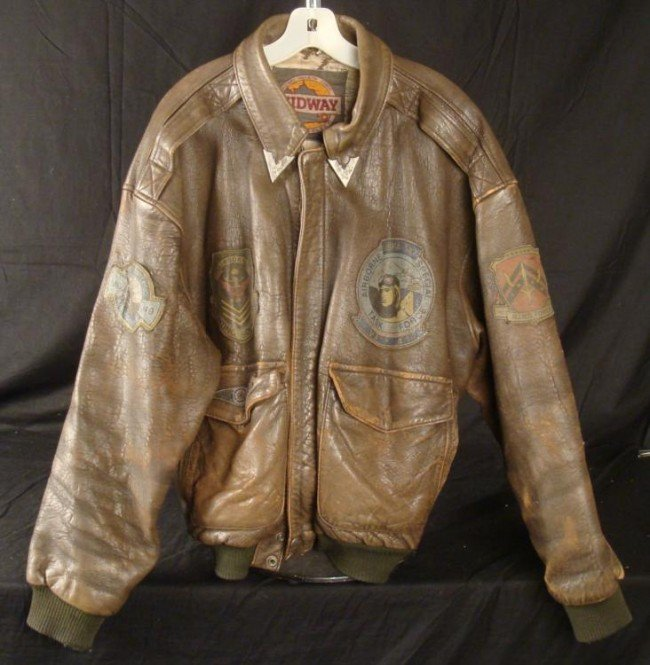 WWII U.S. AAF LEATHER FLIGHT JACKET-5 PATCHES SIZE MED