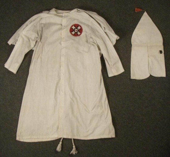 EXTREMELY RARE 1920 COMPLETE KKK KU KLUX KLAN UNIFORM