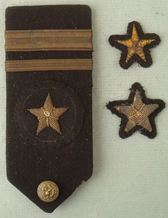WWI NAVAL OFFICERS SHOULDER BOARD & 2 UNIFORM STARS