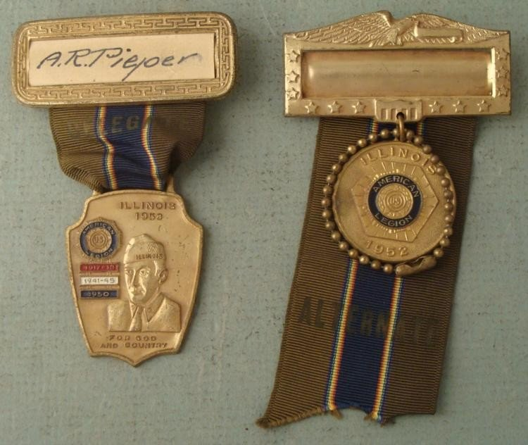 2 LT COMMANDERS AMERICAN LEGION CONVENTION BADGES