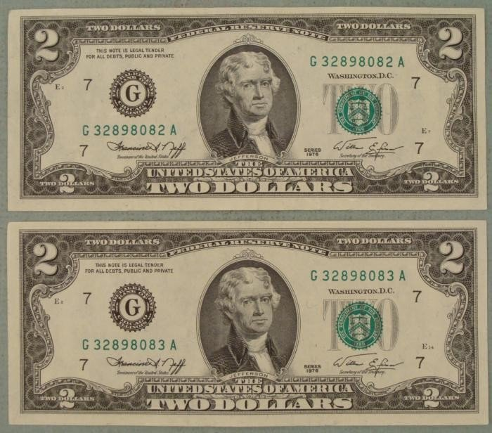 2 Consec # $2 Dollar Bills 1976 G Mint Notes Chicago