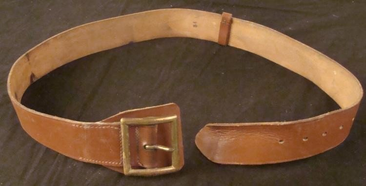 OFFICER'S WWII WIDE LEATHER DRESS BELT W/ BRASS BUCKEL