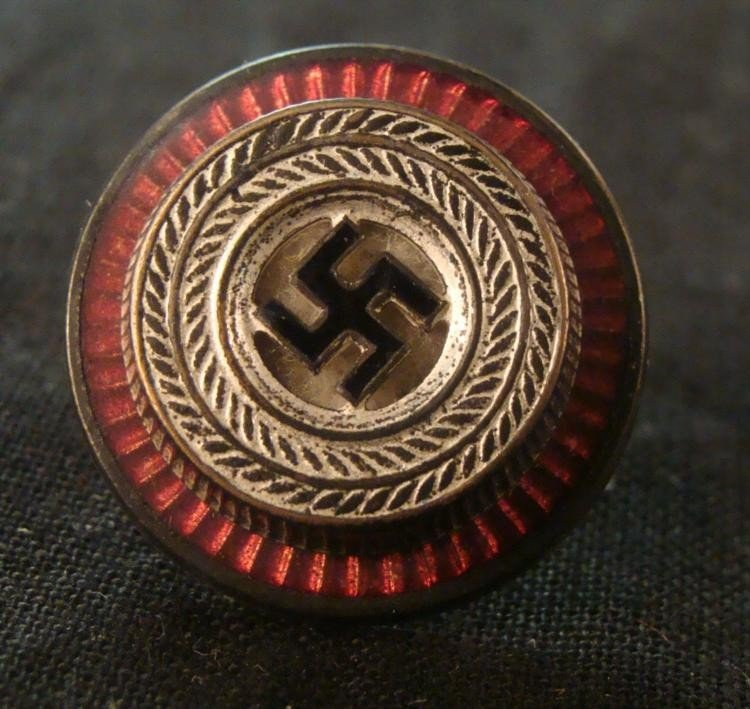 NAZI POLITICAL LEADERS VISOR CAP COCKADE WITH SWASTIKA