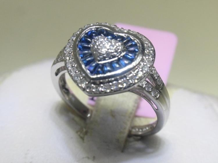 14K White Gold Blue Sapphire and Diamonds Ring Sz 7