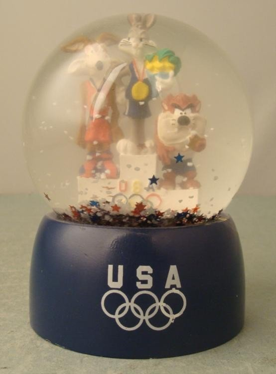 Looney Tunes Olympic 1996 Snow Globe USA Collectable