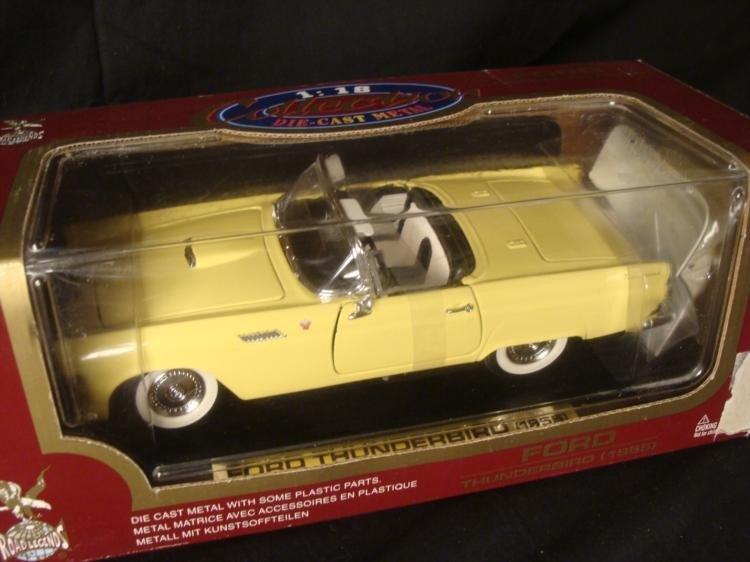 MIB 2 Ford Thunderbird 1955 1:18 Die Cast Road Legends - 3