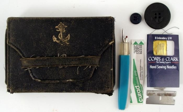 WWI U S NAVY SEWING KIT WITH CONTENTS & PEA COAT BOTTON