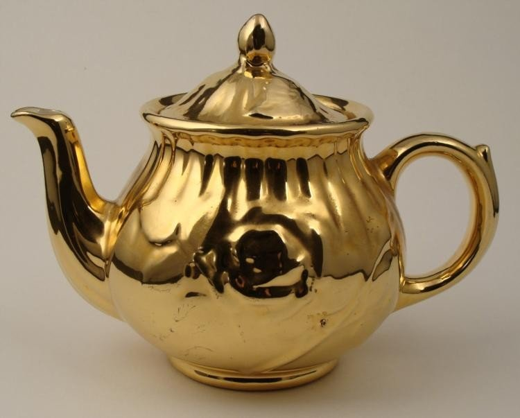 24K Karat Gold Teapot Hand Decorated China