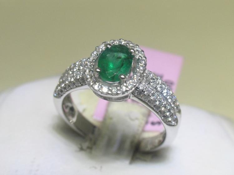 14K White Gold .68 ct Emerald and .63 ct Diamonds Ring