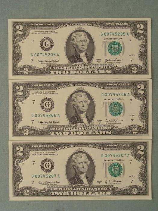 3 Consec # 2003A $2 Notes G Mint Bills Chicago CU