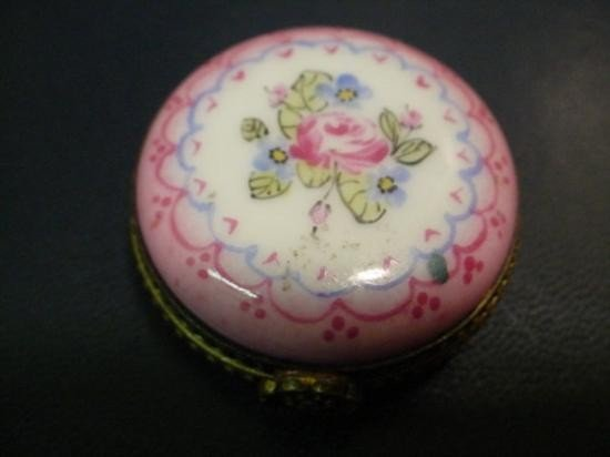 Authentic hand painted Limoges box signed by artist