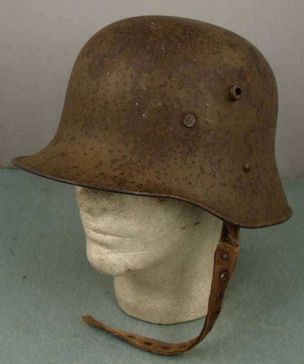RARE GERMAN WWI M16 AUSTRIAN COMBAT HELMET