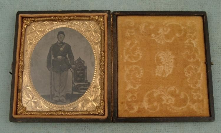 Antique Ambrotype Photo in Frame Soldier (Civil War?)