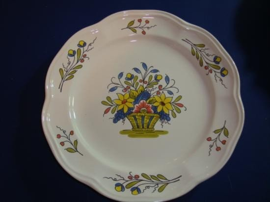 French hand painted plate by Pornic