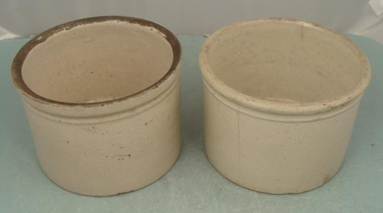 "2 Earthenware Pots 7"" Diameter Grey Rim Tan 5"" Tall"