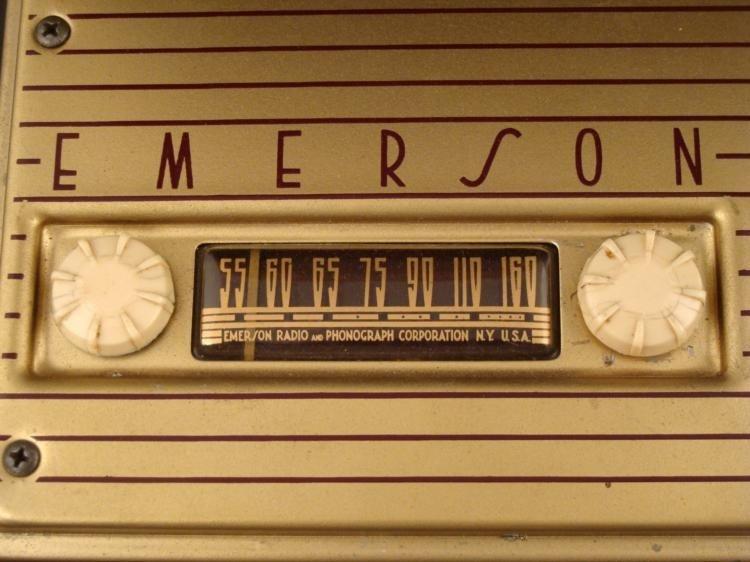 Emerson Portable Tube Radio Model 558 Vintage 1948 - 2