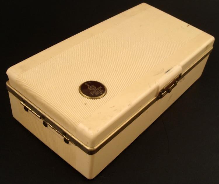 Emerson Portable Tube Radio Model 558 Vintage 1948 - 3