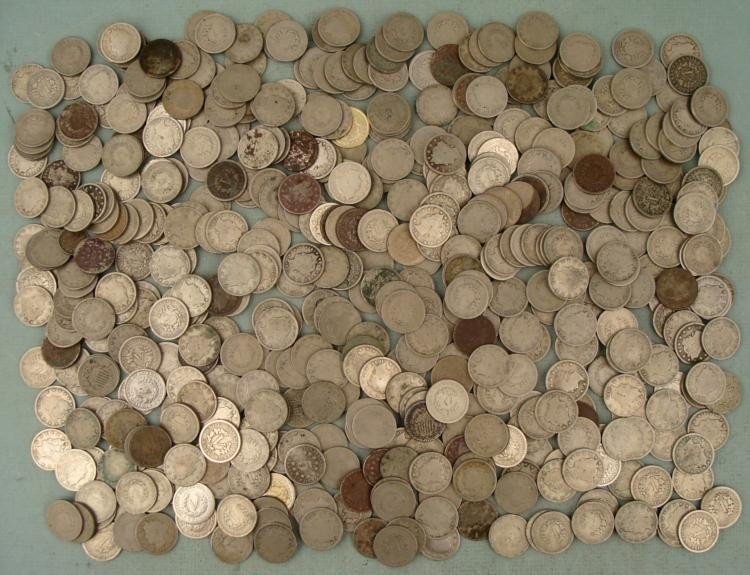 Huge Lot of Over 500 Unsearched Liberty V Nickels