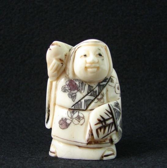 MWF1542A Handcarved Ox Bone Netsuke Figure