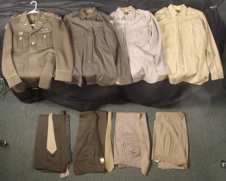 COMPLETE WWII U.S. 8TH AIR FORCE UNIFORM LOT-WINGS,BARS