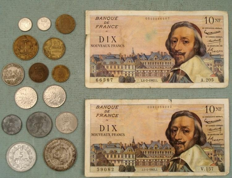 1 Large Lot Foreign Paper Money & Coins Europe, Mexico