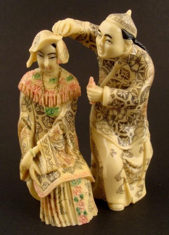 2 Vintage Chinese Ivory Tone Figures Man Lady