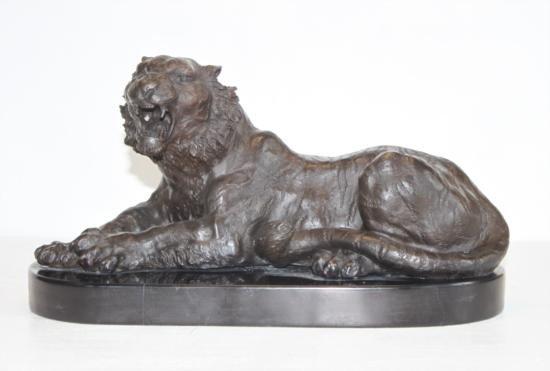 Magnificent Bronze Sculpture Siberian Bengal Tiger