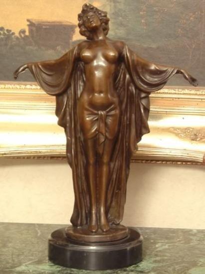 Elegant Bronze Sculpture Greek Goddess Aphrodite