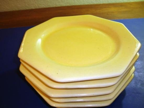 Set of 6 French hand-made plates Provence