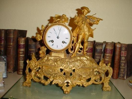 Old French brass Louis XV mantel clock cir 1870