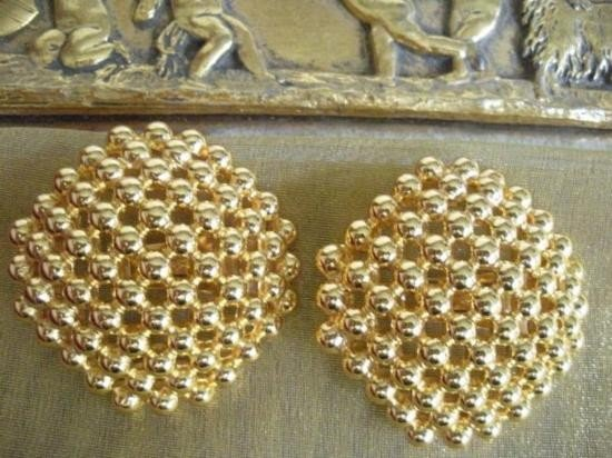 Haute Couture Bold Christian Dior Chunky Clip Earrings