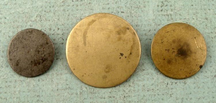 3 U.S. Colonial Era Flat Buttons Best, 1820