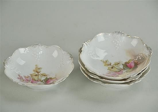 Four R.S. Prussia Berry Bowls