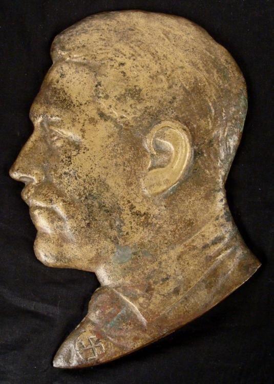 NICE DETAILED ADOLF HITLER BUST PLAQUE-CAST IRON