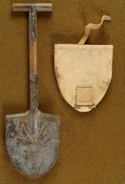 WWI U.S. DOUGHBOY TRENCH SHOVEL & CANVAS COVER 1918