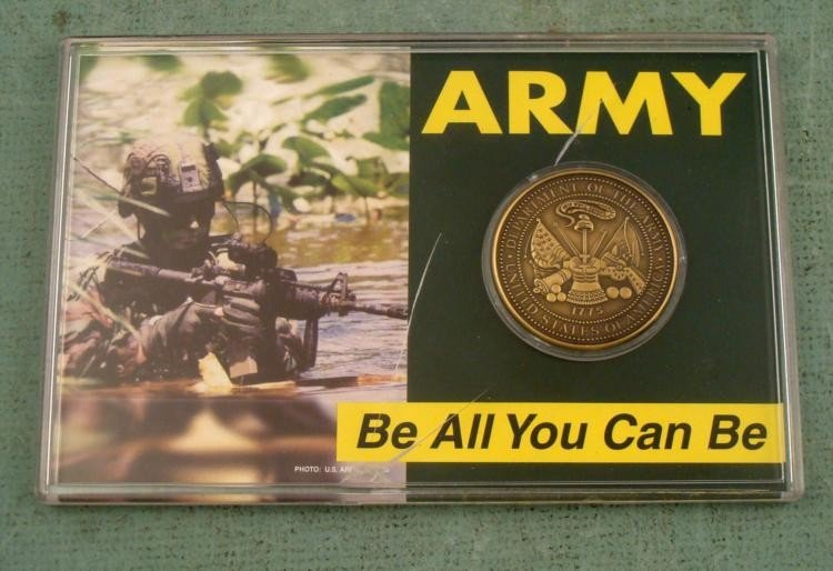 """U.S. Army Coin """"Be All You Can Be"""" In Case"""