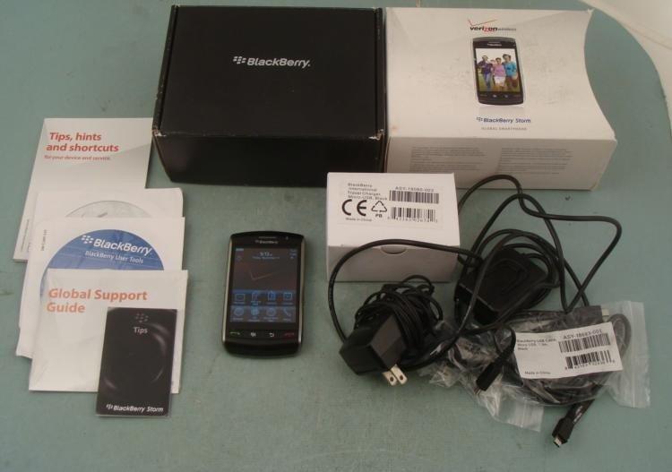 Verizon Wireless BlackBerry Storm 9530 Smartphone