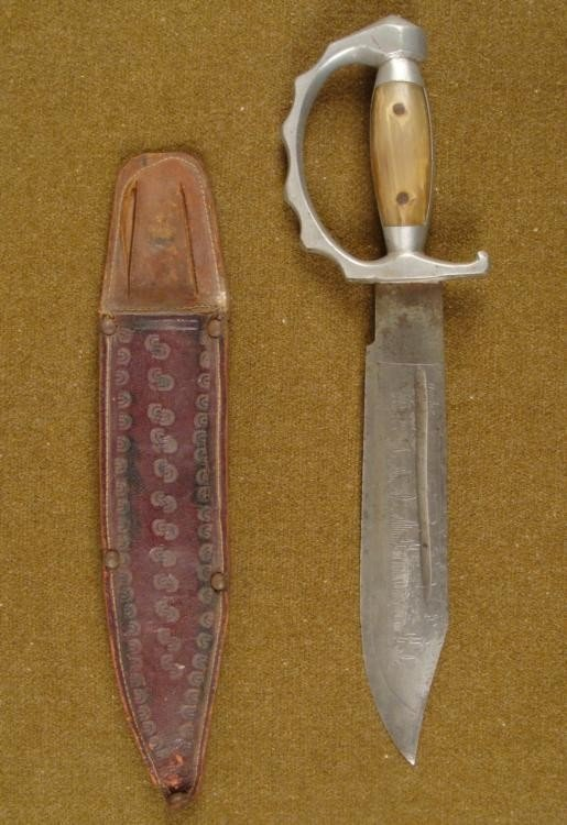 VINTAGE MEXICAN FIGHTING KNIFE AND SCABBARD