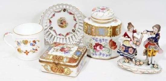 CONTINENTAL PORCELAIN GROUPING FIVE PIECES