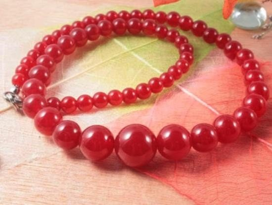 Pretty Red Jade Bead Necklace 17~  MWF1059