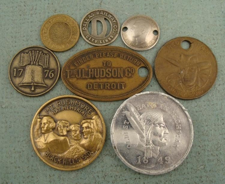 1 Lot 8 Tokens & Medals Transit, Red Ryder, Bank