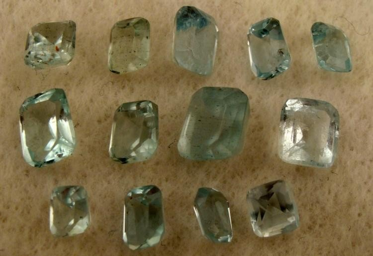 13 Blue Aquamarine Square & Rectangular Gemstones Gems