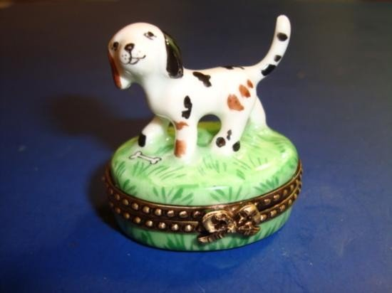 French Hand painted porcelain Limoges box signed