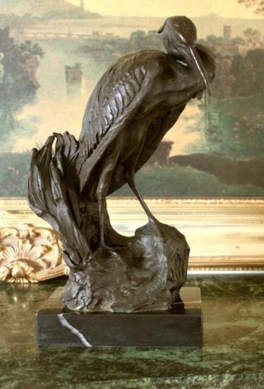 Beautiful Bronze Sculptre Heron Wet Lands Wading Bird