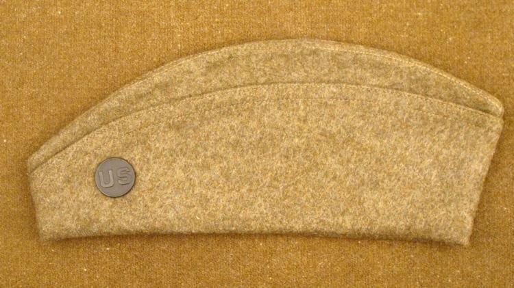 WWI U.S. OVERSEAS SIDE CAP WITH US INSIGNIA ORIGINAL